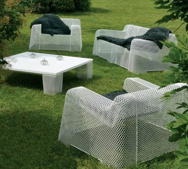 Садовая мебель из сетки рабица